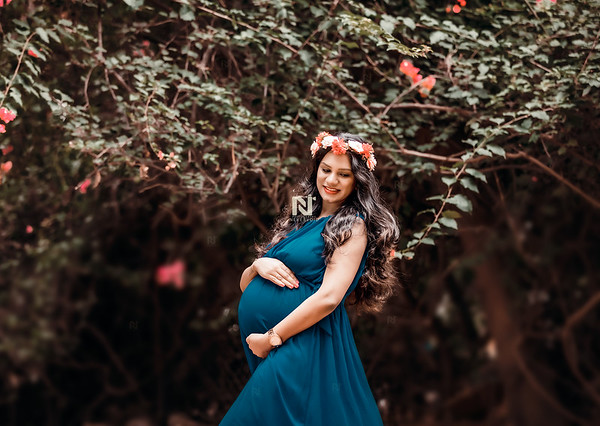 Portrait of a new mom during her maternity photoshoot