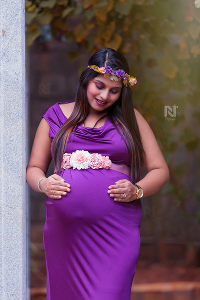 I have loved you from the start and will love you till the end - Candid maternity photoshoot session