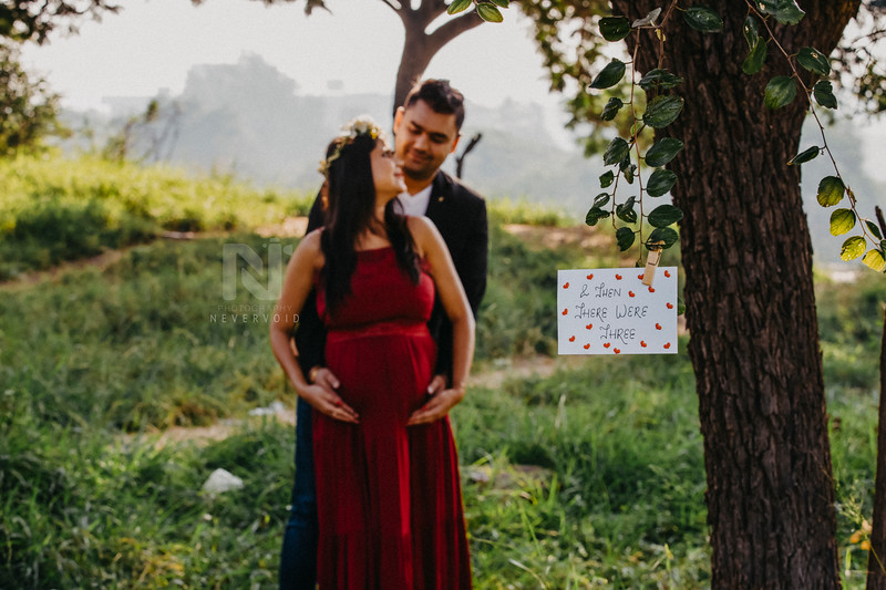 Creative ideas for Maternity Photoshoot