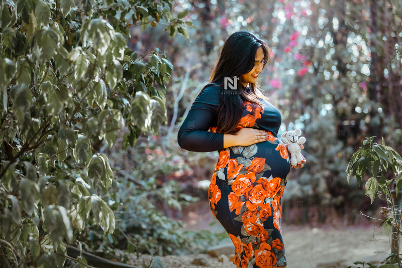 Maternity Photography in Bangalore for new mom-to-be