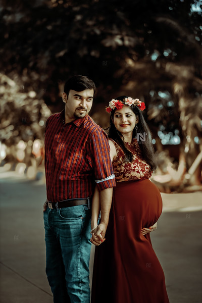 Couple portraits for the new parents