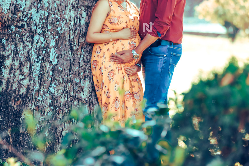 Maternity photography for the new parents