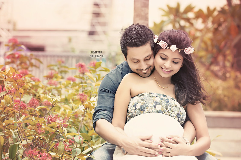 Creative Maternity Photography to cherish this phase of life.
