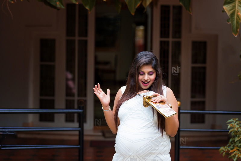 Candid pre-pregnancy or maternity photoshoot session