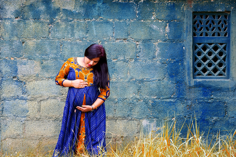 Creative Maternity / Pregnancy photoshoot in Bangalore