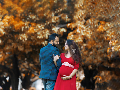 Creative maternity photographer in Bangalore