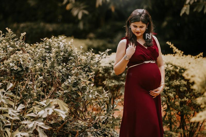 Pregnancy portrait photography in Bangalore