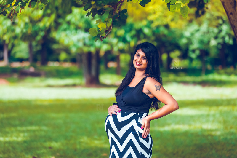 Maternity photography for the mom-to-be in Bangalore