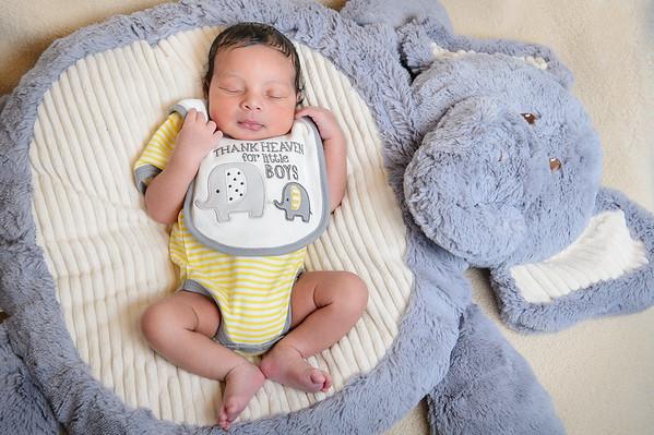 Benjamin Bowie's Newborn Portraits