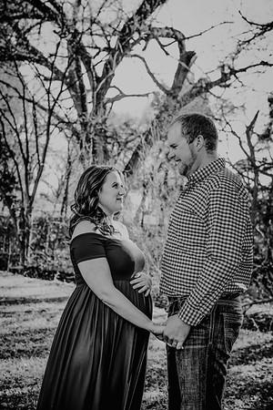 00002--©ADHPhotography2018--BryceAmandaBuhr--Maternity--2018March11