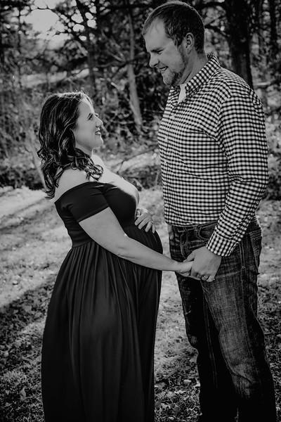 00010--©ADHPhotography2018--BryceAmandaBuhr--Maternity--2018March11