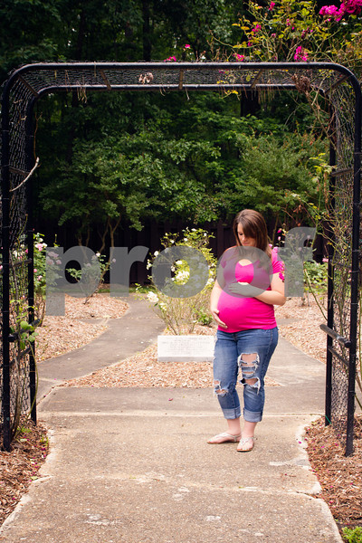 Chelsea and Ricky Maternity Portraits