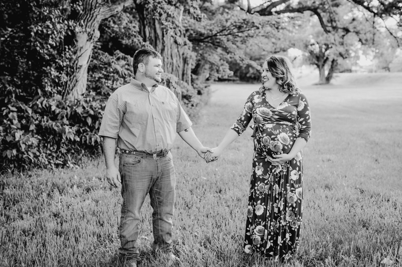 00020--©ADHPhotography2018--DavidKatelynDay--Maternity--2018May30