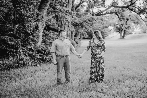 00014--©ADHPhotography2018--DavidKatelynDay--Maternity--2018May30