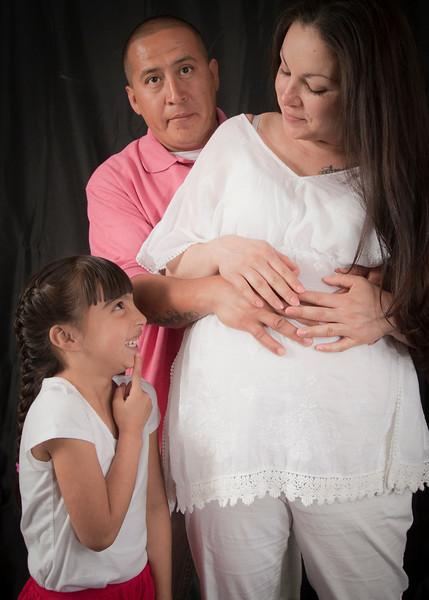 Delia Maternity Portraits 3314