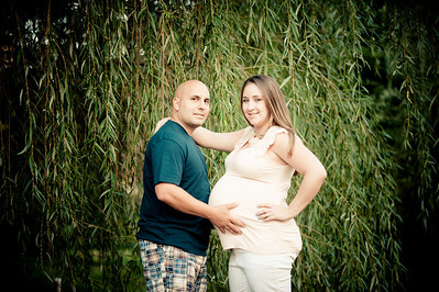 013_Kelly and Mike Maternity_5657