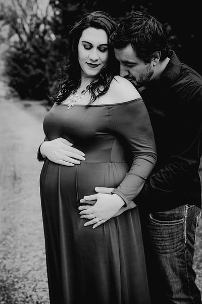 00016--©ADHPhotography2018--AtheanaTimLasslo--Maternity--2018March31