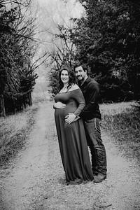 00014--©ADHPhotography2018--AtheanaTimLasslo--Maternity--2018March31