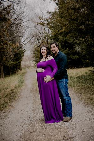 00011--©ADHPhotography2018--AtheanaTimLasslo--Maternity--2018March31