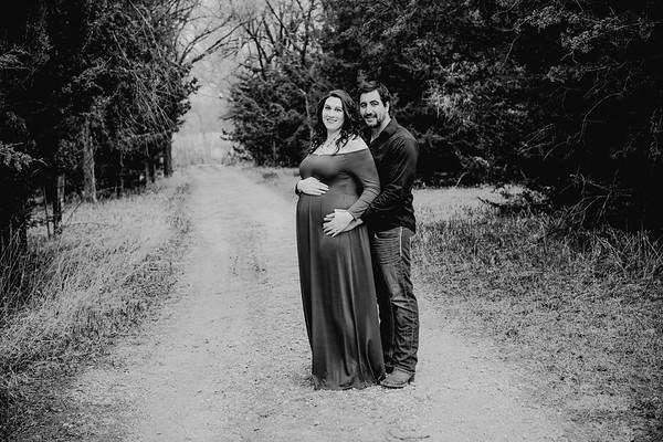 00008--©ADHPhotography2018--AtheanaTimLasslo--Maternity--2018March31