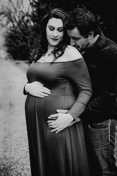 00018--©ADHPhotography2018--AtheanaTimLasslo--Maternity--2018March31