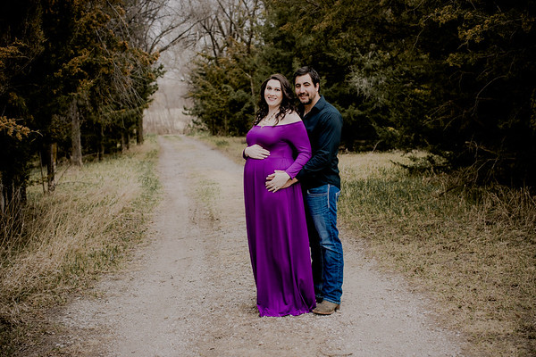 00009--©ADHPhotography2018--AtheanaTimLasslo--Maternity--2018March31