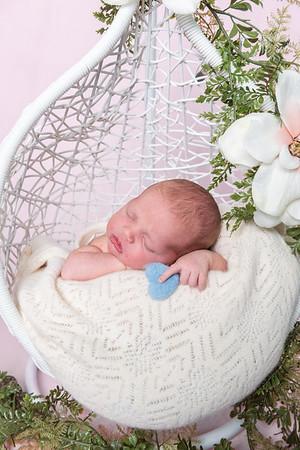 Photographer_DC_Metro_newborn_schiavetto-750_1873