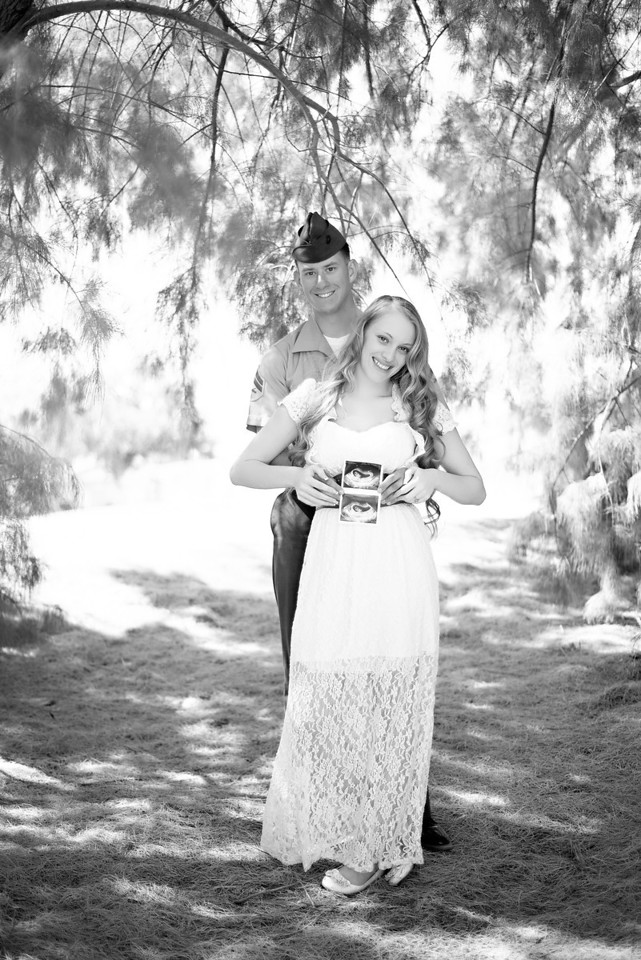 Rochelle Pregnancy Announcement -  - Oh! MG Photo | Phoenix, AZ Photographer