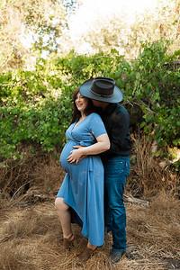 Rose Maternity Session Kaweah Oaks Preserve 003