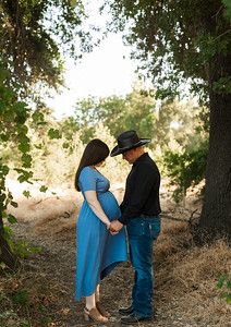 Rose Maternity Session Kaweah Oaks Preserve 007
