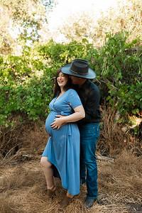 Rose Maternity Session Kaweah Oaks Preserve 004