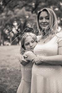 Tiffany_MaternitySession_FairOaksPark_019