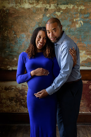 Cincinnati Maternity Photographer black couple