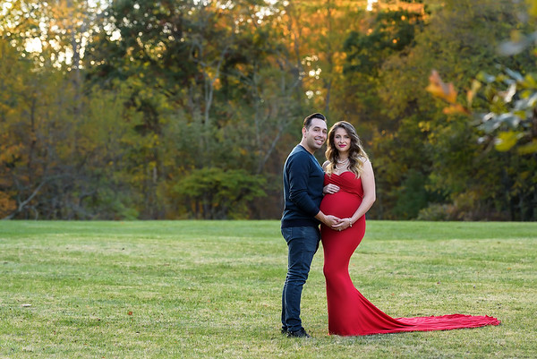 Best Cincinnati Maternity Photographer red maternity gown fall photo session
