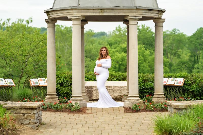Cincinnati Maternity Photographer near me white maternity gown