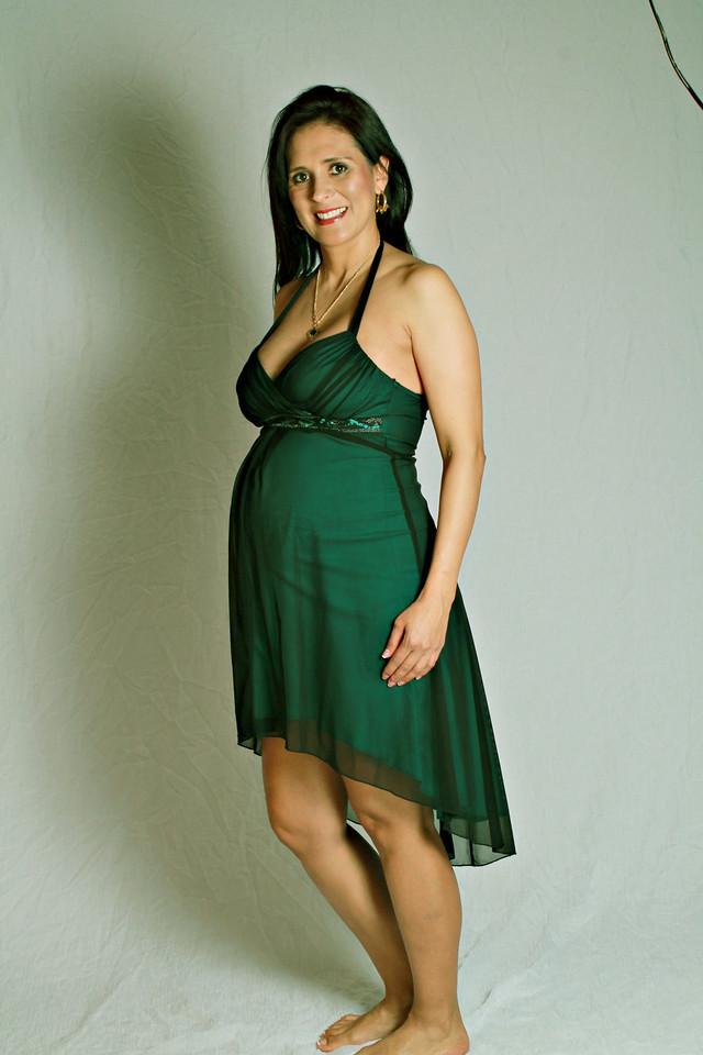 Myriam's Maternity  Pregnancy photography session with El Paso Portraits Photographer, April Melton.    http://elpasoportraits.com/types-sessions/maternity/