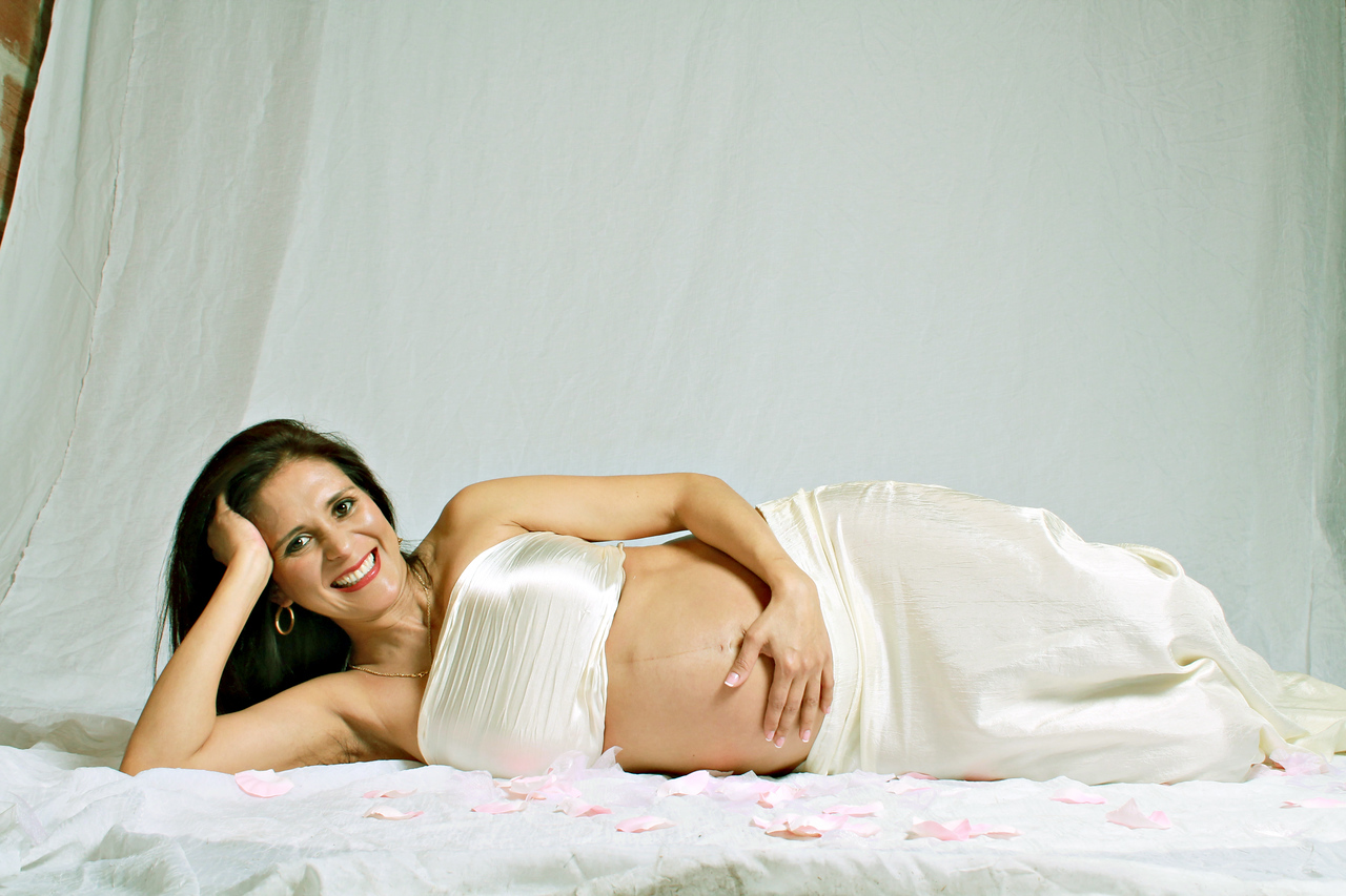 Myriam's Maternity  Pregnancy photography session with El Paso Portraits Photographer, April Melton.    http://elpasoportraits.com/types-sessions/maternity/