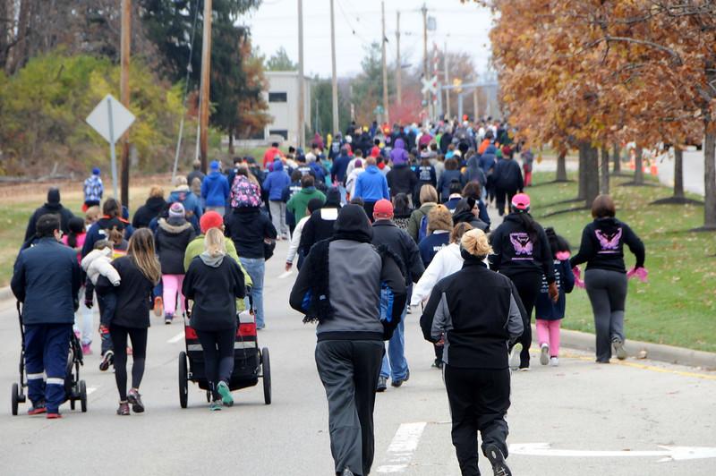 20141107-Mathew 25 Ministries 5K walk 11-8-14 250