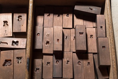 Copper matrices of the 12-point Italic Tallone type, stamped with the punches engraved by Charles Malin. They were stamped by the Radiguer Foundry, which also cast the type.