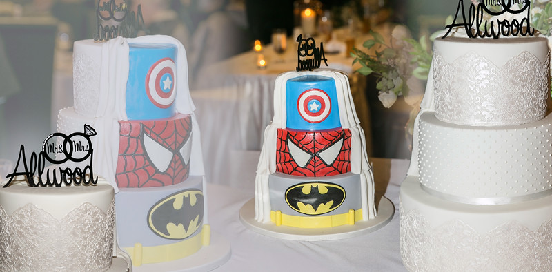 Wedding cake - superhero cake - surpise cake - jessie d images