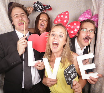 Matt & Dani Photobooth Photos