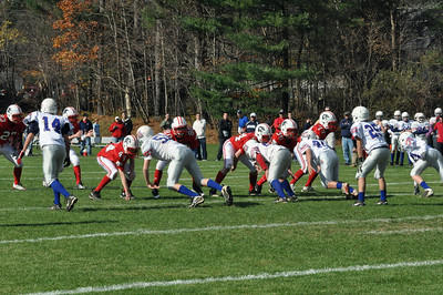 2010.10.31 A Team Apponequet (W28-0; 9-0)