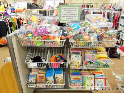 Childrens books & toys