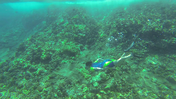 Underwater snorkeling video of Ruth