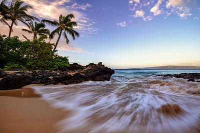 Maui Makena Cove Beach at Sunrise, Maui Hawaii