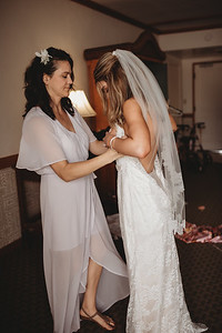 Oahu_weddingPhotographer_Kate_Fretland_-25