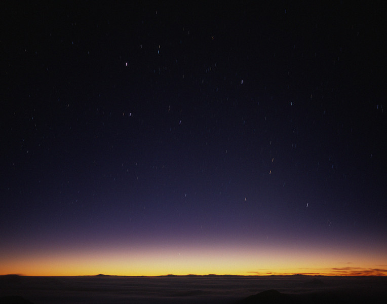 "<p></p><div id=""centered_description"">First Light, Haleakala Crater</div>"