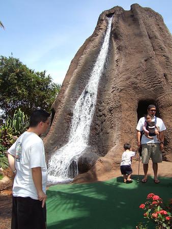 2006-10-05 Mini Golf!