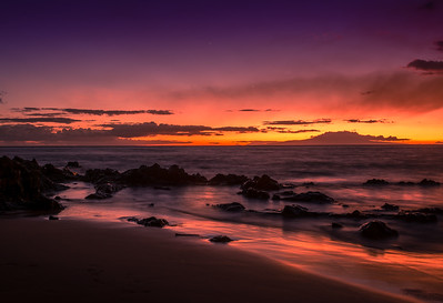 Two pairs of planets performed in the August - Maui twilight