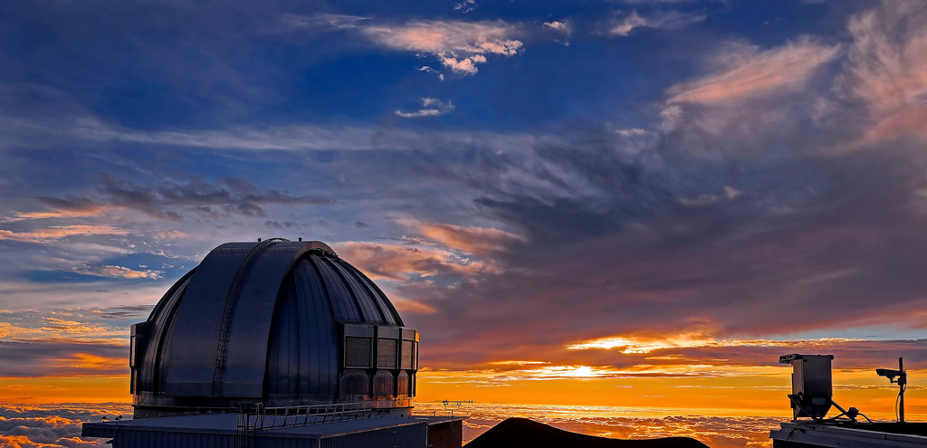 Mauna Kea Hawaii - Summit and Sunset * click to view gallery